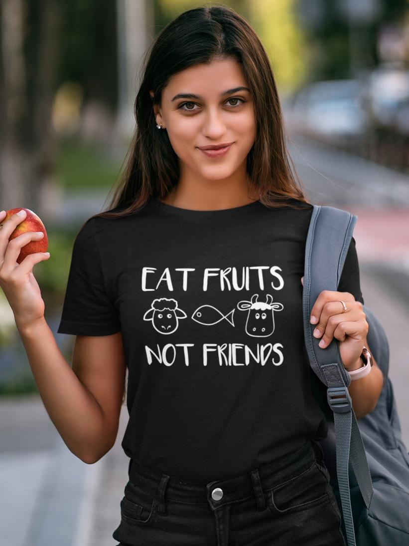 Tricou Negru Eat Fruits, Not Friends