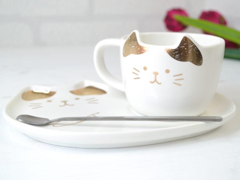 Set Ceasca Pisica cu Farfurie Alb si Auriu