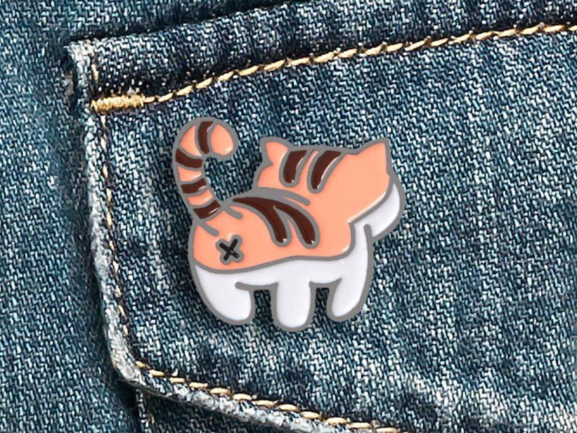 Pin Pisica Cat Butt Orange