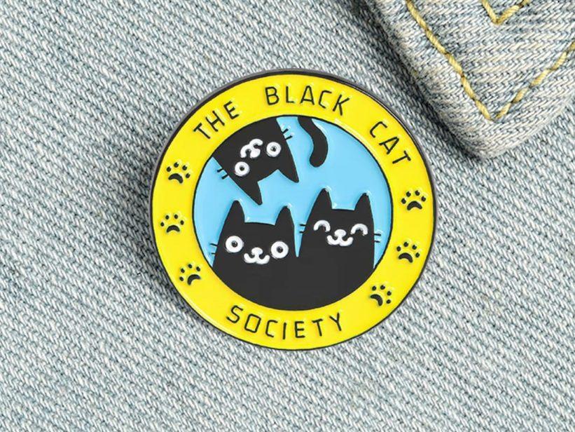 Insigna The Black Cat Society
